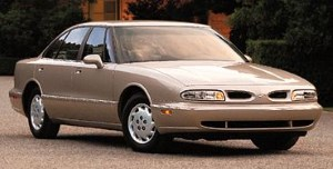 1998 Oldsmobile Eighty-Eight.jpg