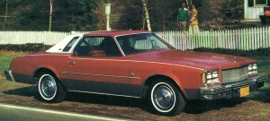 1976 Buick Regal Landau.jpg