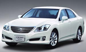 2009 Toyota Crown Royal Saloon.jpg
