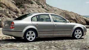 2007 Škoda Superb.jpg
