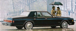 1980 Chrysler New Yorker.jpg