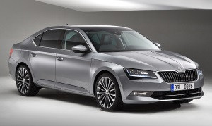 2015 Škoda Superb.jpg